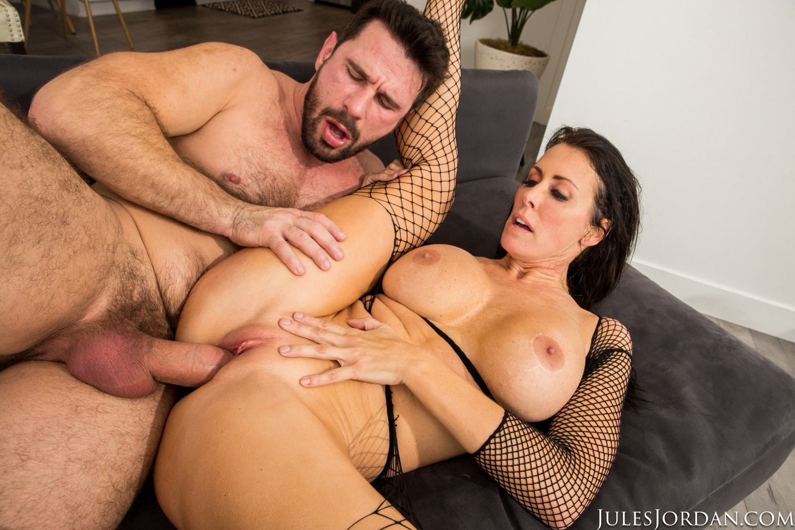 Reagan Foxx - MILF Private Fantasies 3 | Picture (66)