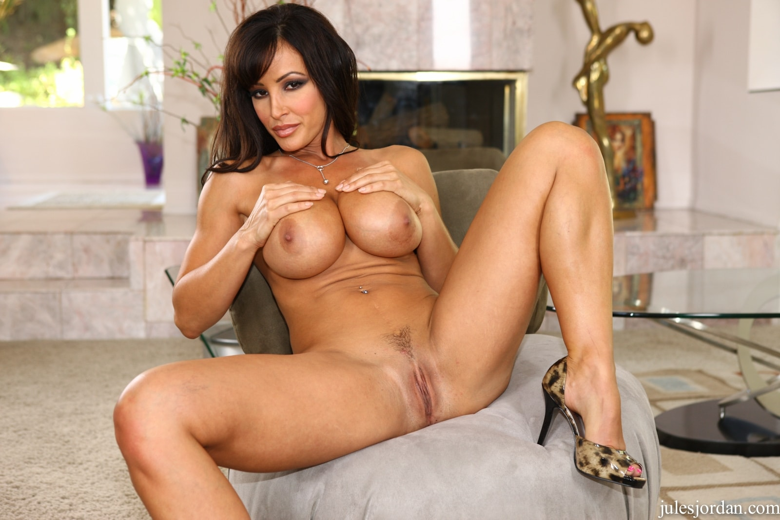 These Lesbian Beauties Sinn Sage And Lisa Ann Pose Nude And Demonstrate Hot Sex Desire